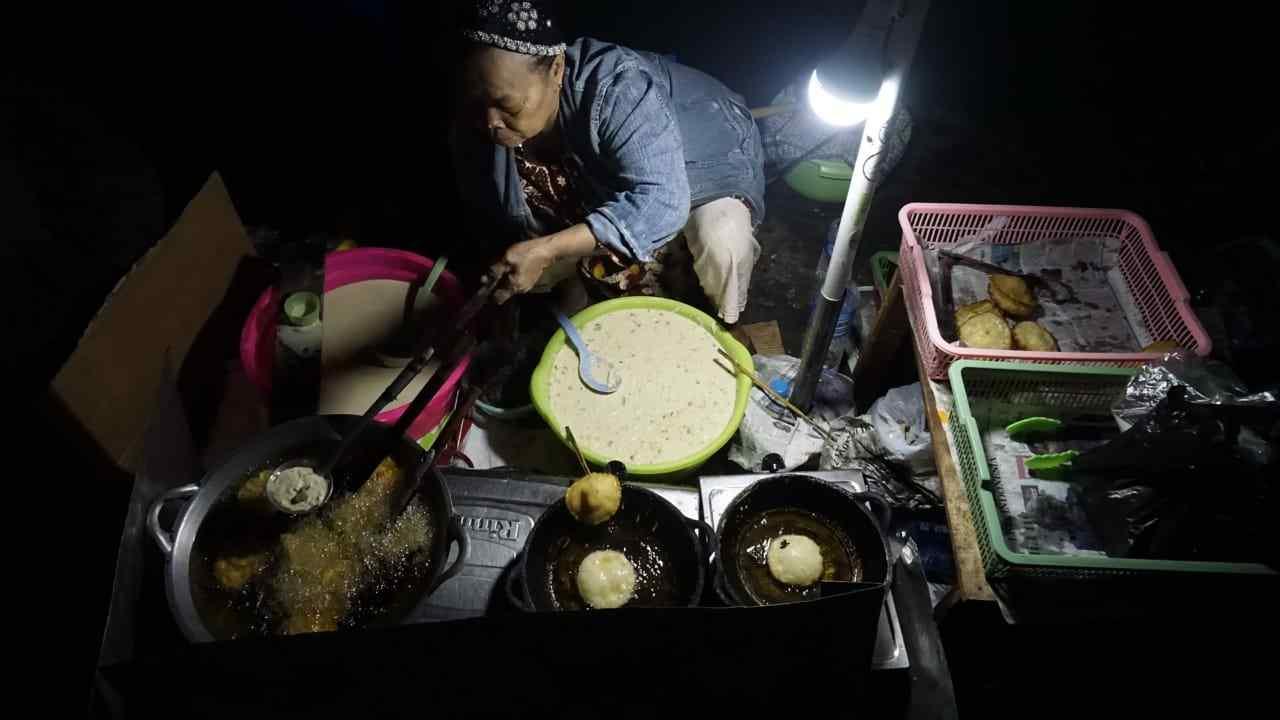 Legenda Cucur Pojok Lampu Kuning Kota Banjarbaru 3