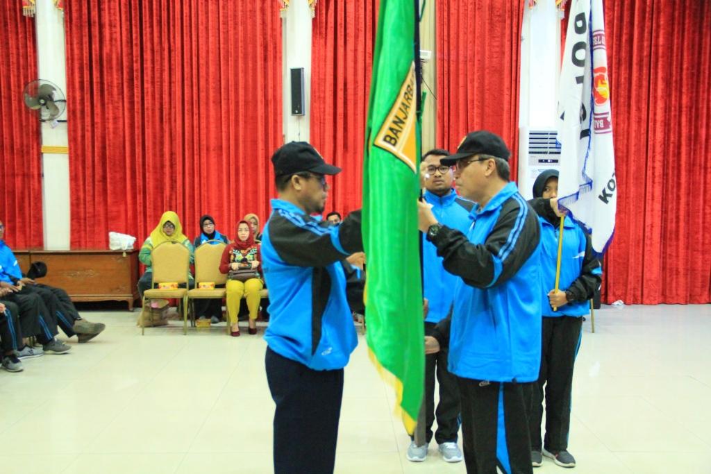 Darmawan Lepas Kontingen POPDA Kota Banjarbaru 3