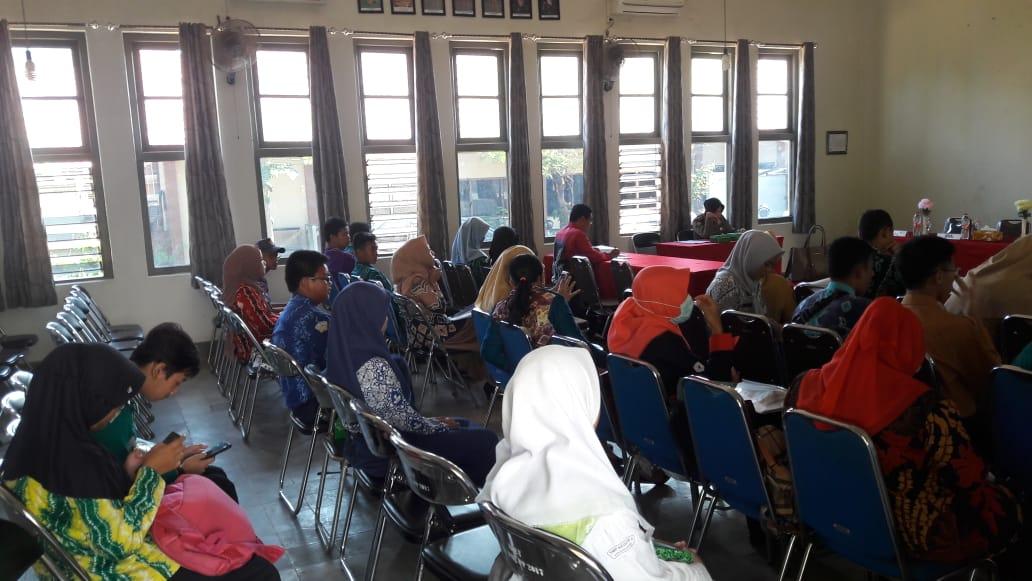 Satpol PP Sosialisasikan Perwali tentang Pendidikan Karakter dan 3 Perda 1