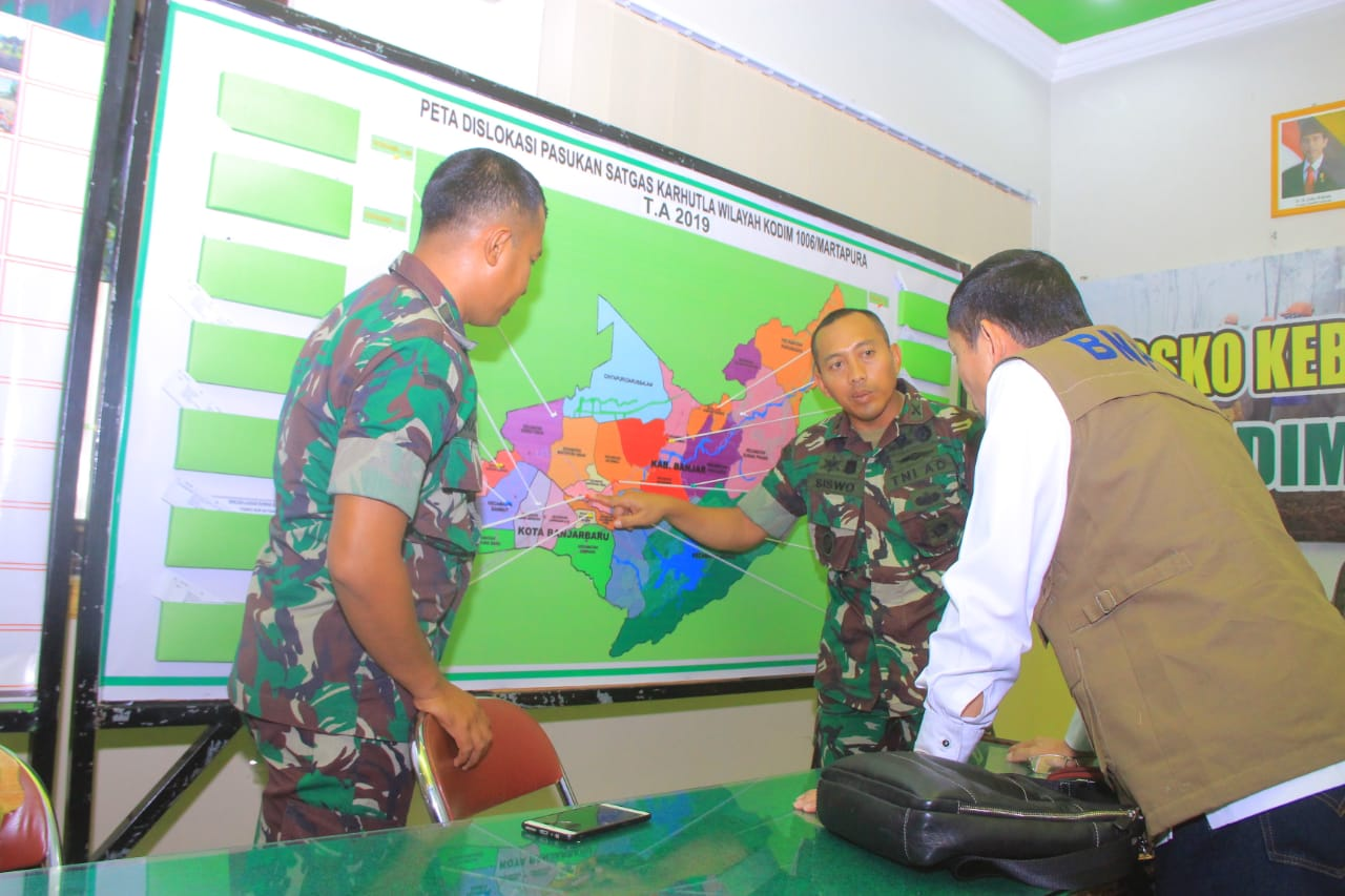 TNI Tegaskan, Akan Beri Sangsi Kepala Pelaku Pembakaran Hutan dan Lahan Di Gambut 5