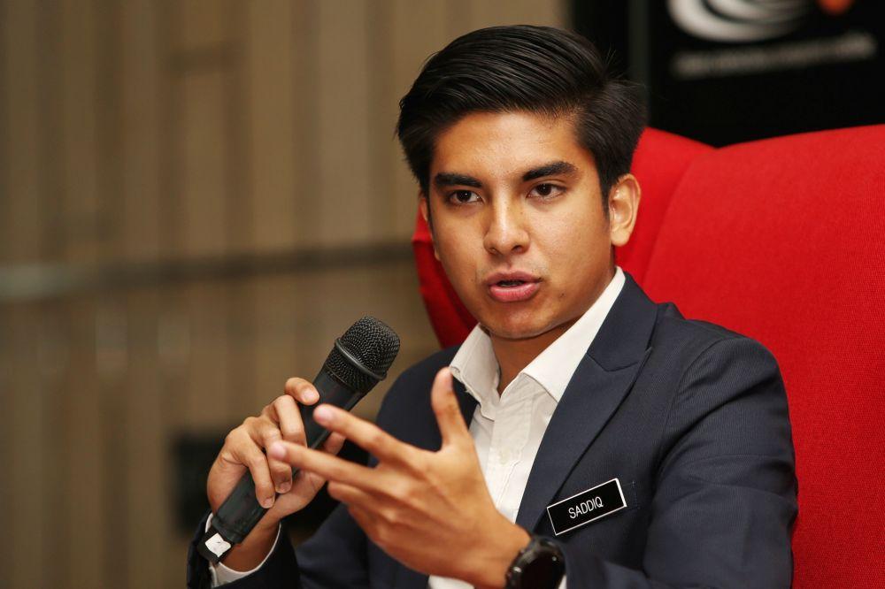 Jokowi Akan Pilih Menteri Muda dibawah Usia 35, ini Menteri Muda Dunia 7