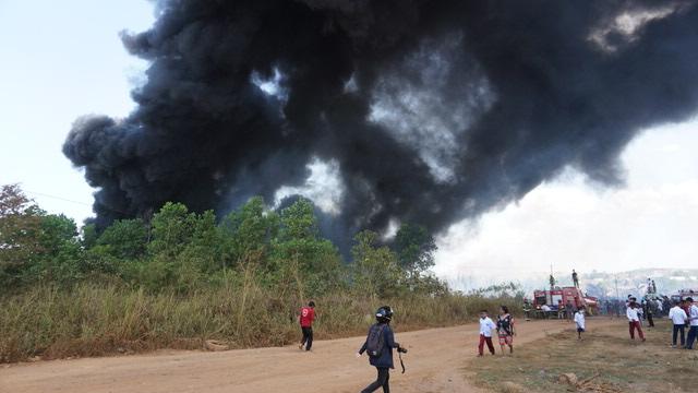 Permukiman dan Mesjid Di Sungai Ulin Nyaris dilalap api 4