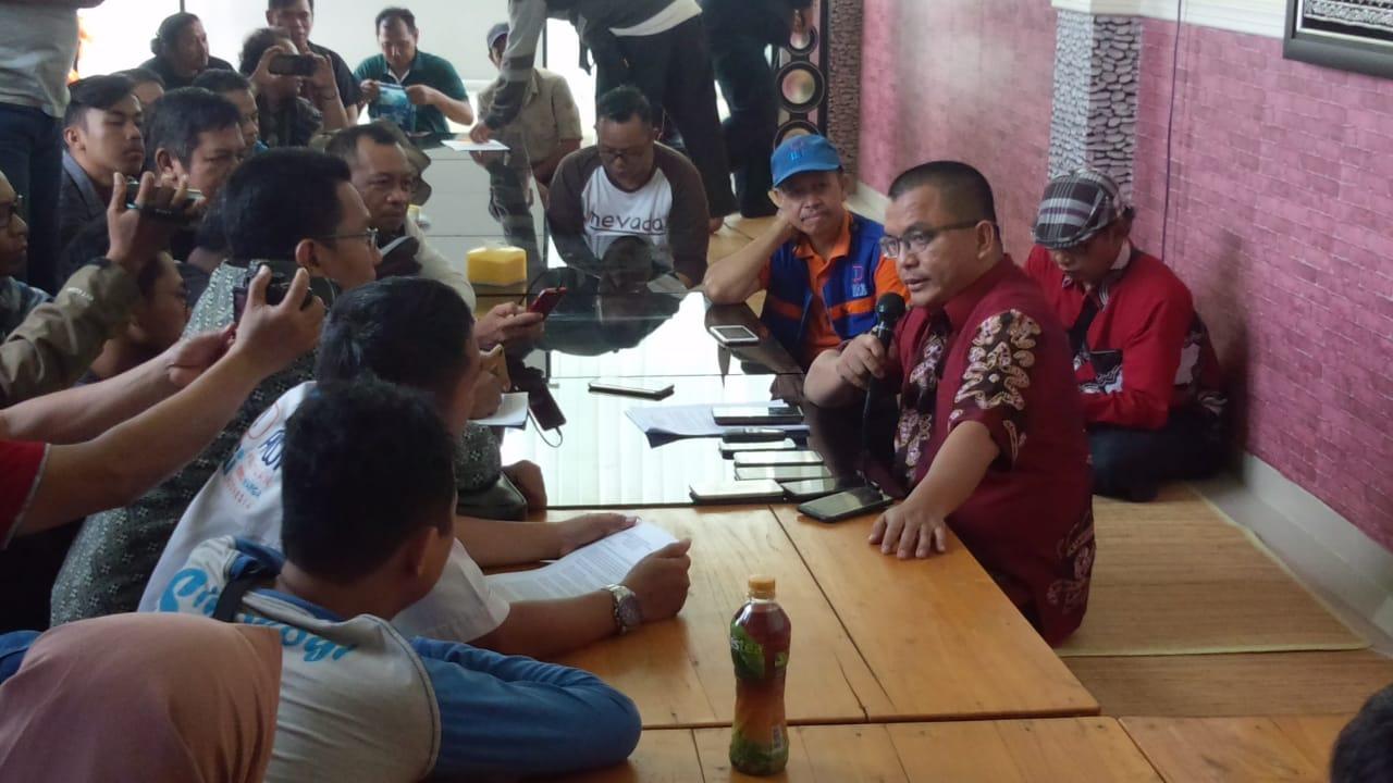 Turun Gunung, Denny Indrayana Pastikan Maju Di Pilgub Kalsel 2020 4