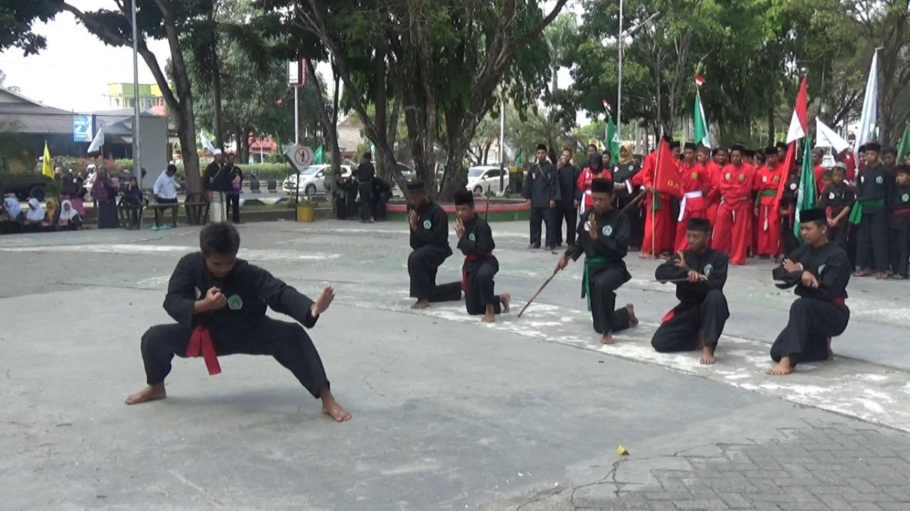 Buka Apel Kebangsaan NU, Nadjmi Adhani Dorong Santri Jadi Pemain Dalam Pembangunan 5