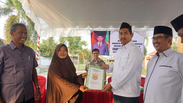 Fadliansyah Terima Proposal Warga Guntung Manggis 3
