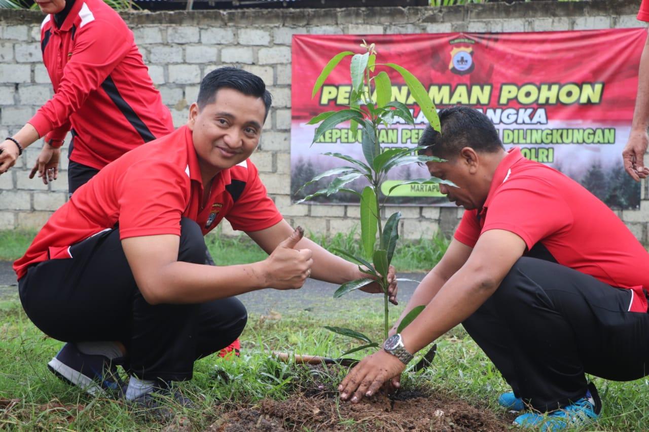 Tindaklanjuti Program Penghijauan Kapolri, Polres Banjar Tanam Ribuan Bibit Pohon 3