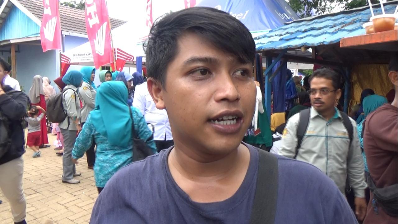 Danau Tamiyang Jadi Surga Sehari Pecinta Durian 5