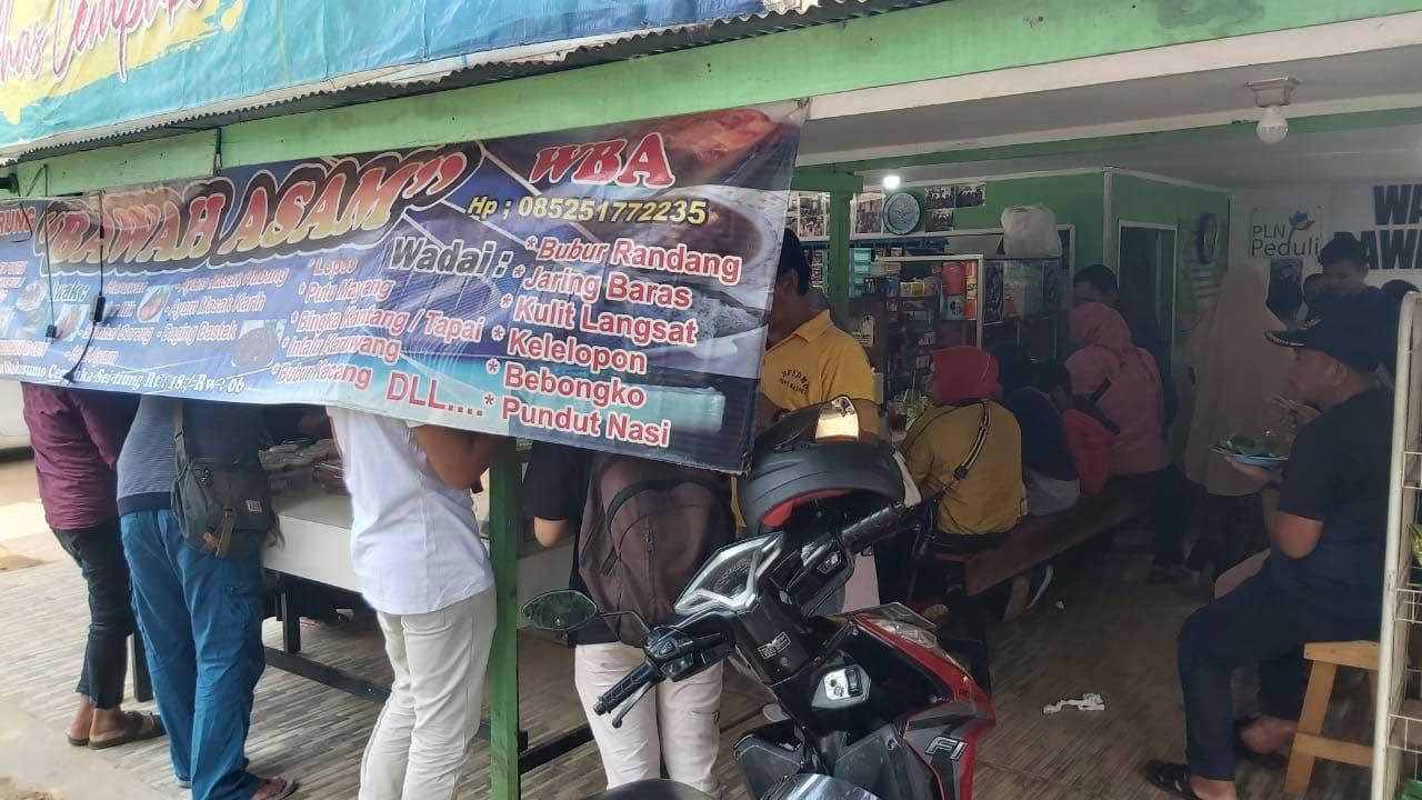 Tuntas Durian Warung Bawah Asam Cempaka Diserbu Masyarakat 4