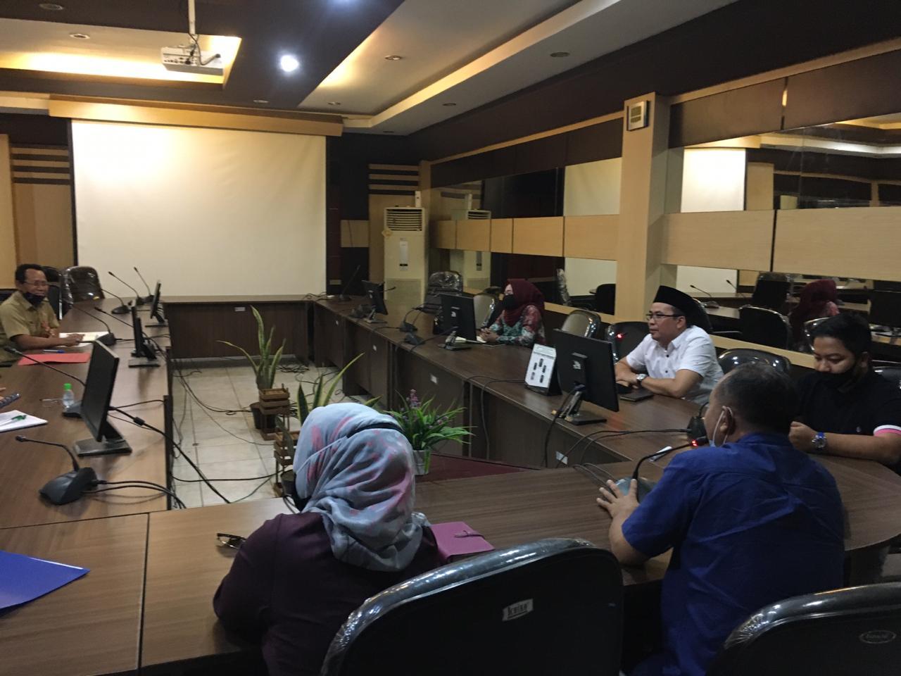 Anggaran Disnakbun Dipotong 50%, Anggota Komisi II DPRD Banjar Harapkan Usaha Perkebunan Dan Peternakan Tetap Berkesinambungan 33