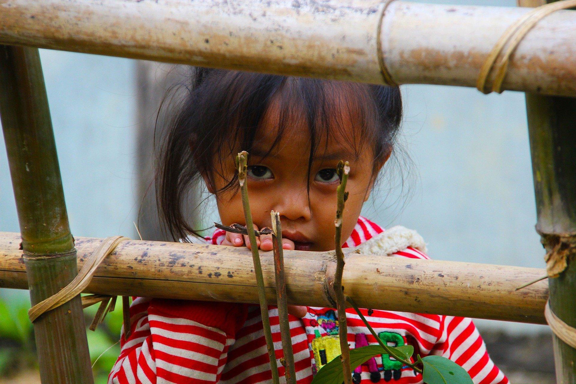 Siapakah Yang Wajib Menafkahi Anak Yatim? Ibunya atau Keluarga Ayahnya? 8