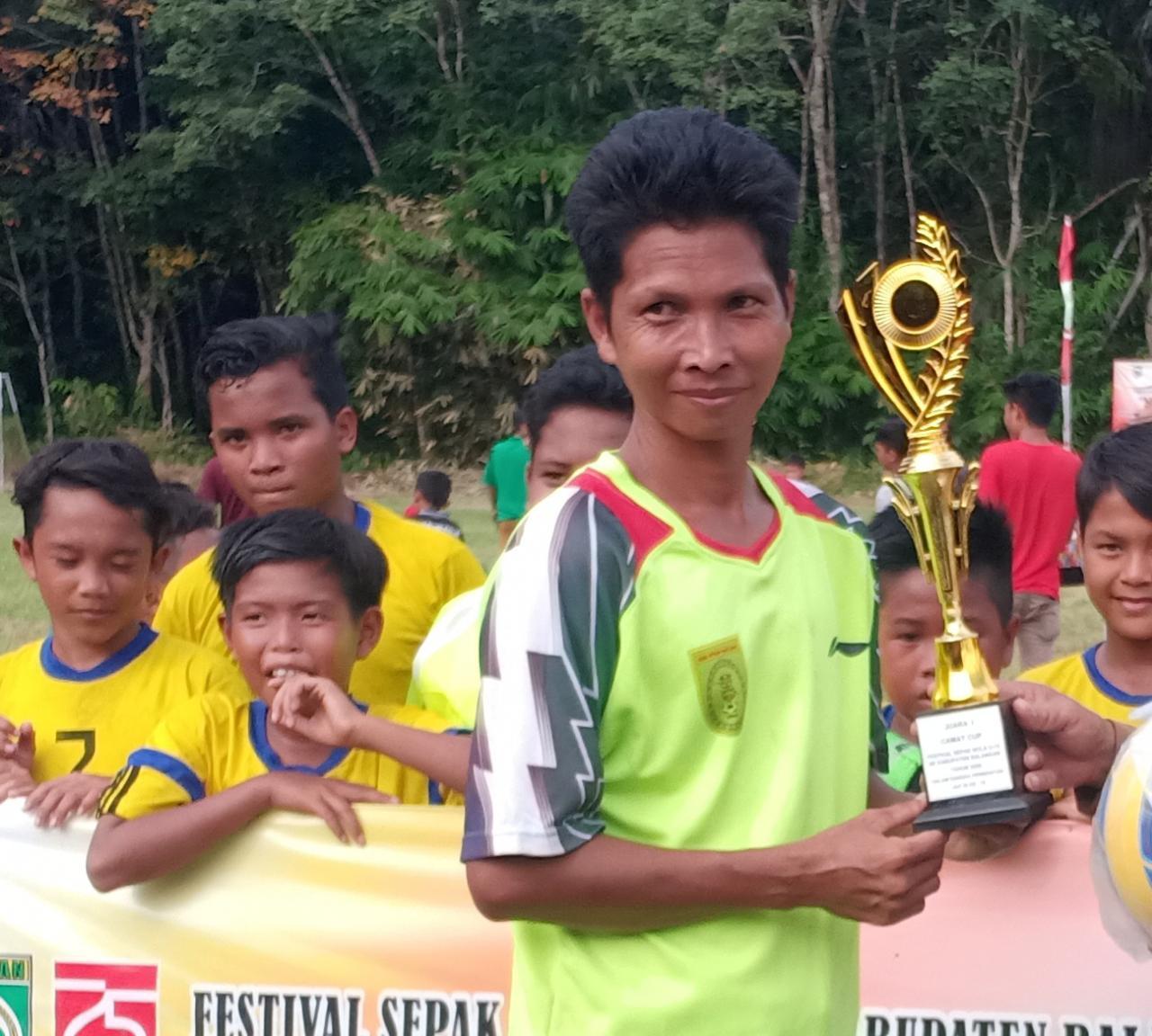 Menarik, Anak Perempuan Ikut Camat Cup U-12 Balangan 8