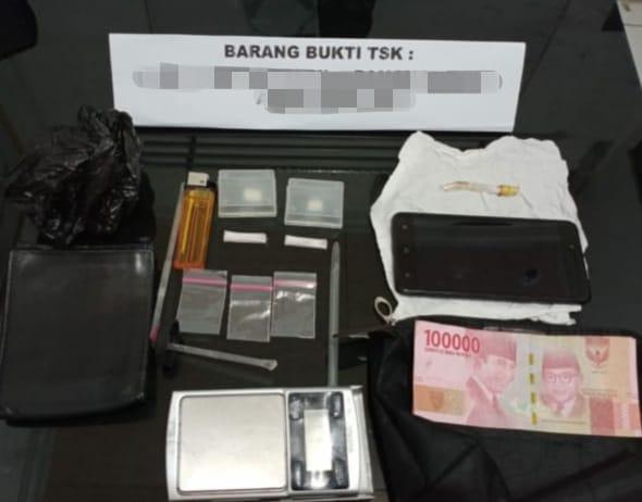 Ditemukan Dua Paket Sabu PNS HST Diamankan Sat Resnarkoba 7