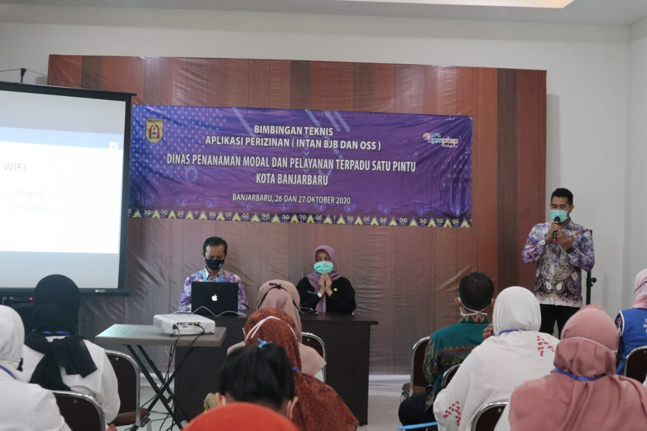 DPMPTSP Kota Banjarbaru Bimbing Pengunaan Aplikasi Perizinan 6