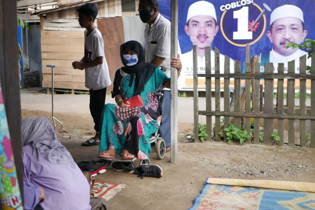 "Saidi Mansyur - Habib Idrus, Warga Desa Mekar: ""Memang Pilihan Saya"" 9"