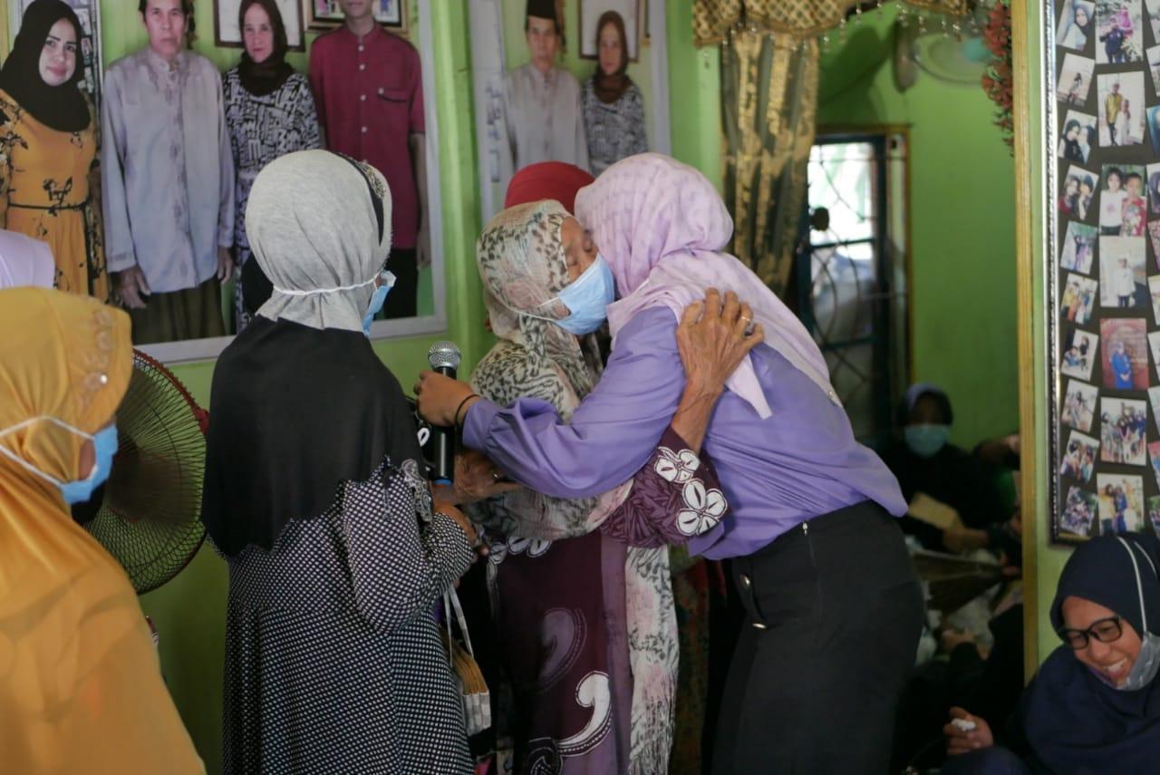 "Saidi Mansyur - Habib Idrus, Warga Desa Mekar: ""Memang Pilihan Saya"" 10"